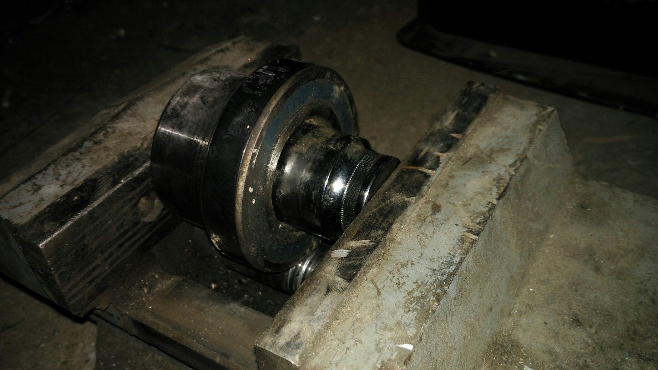 Выпрессовка подшипник натяжного ролика Jimny k6a